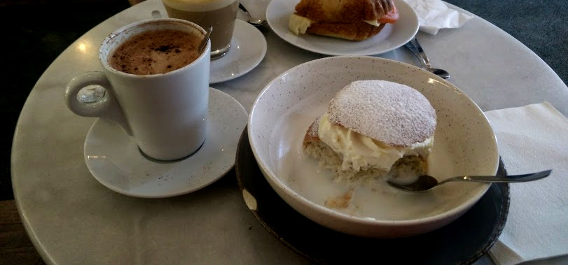 Semla, Swedish typical buns